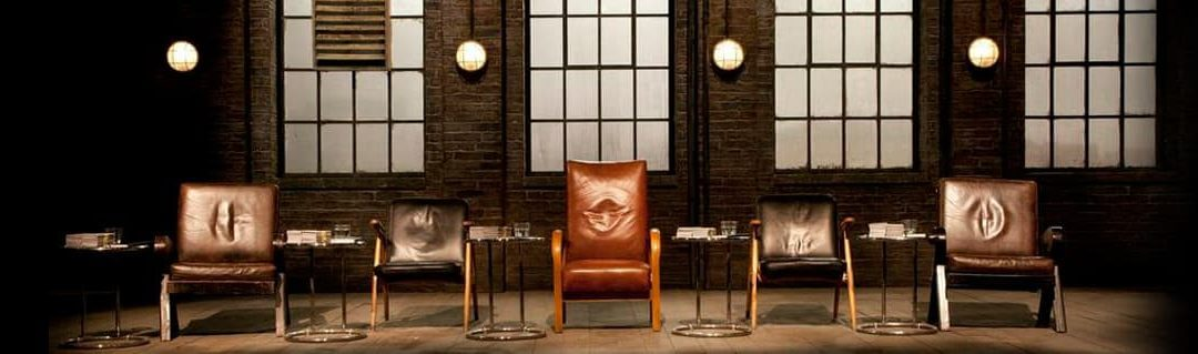 What Dragons Den Teaches Us About Business, Pitching and Investment - image- Dragons Den empty chairs and studio